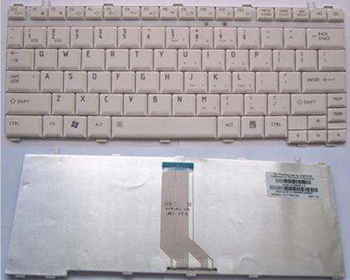 Genuine New Toshiba Satellite U500 U505, Portege M900 Laptop Keyboard -  White